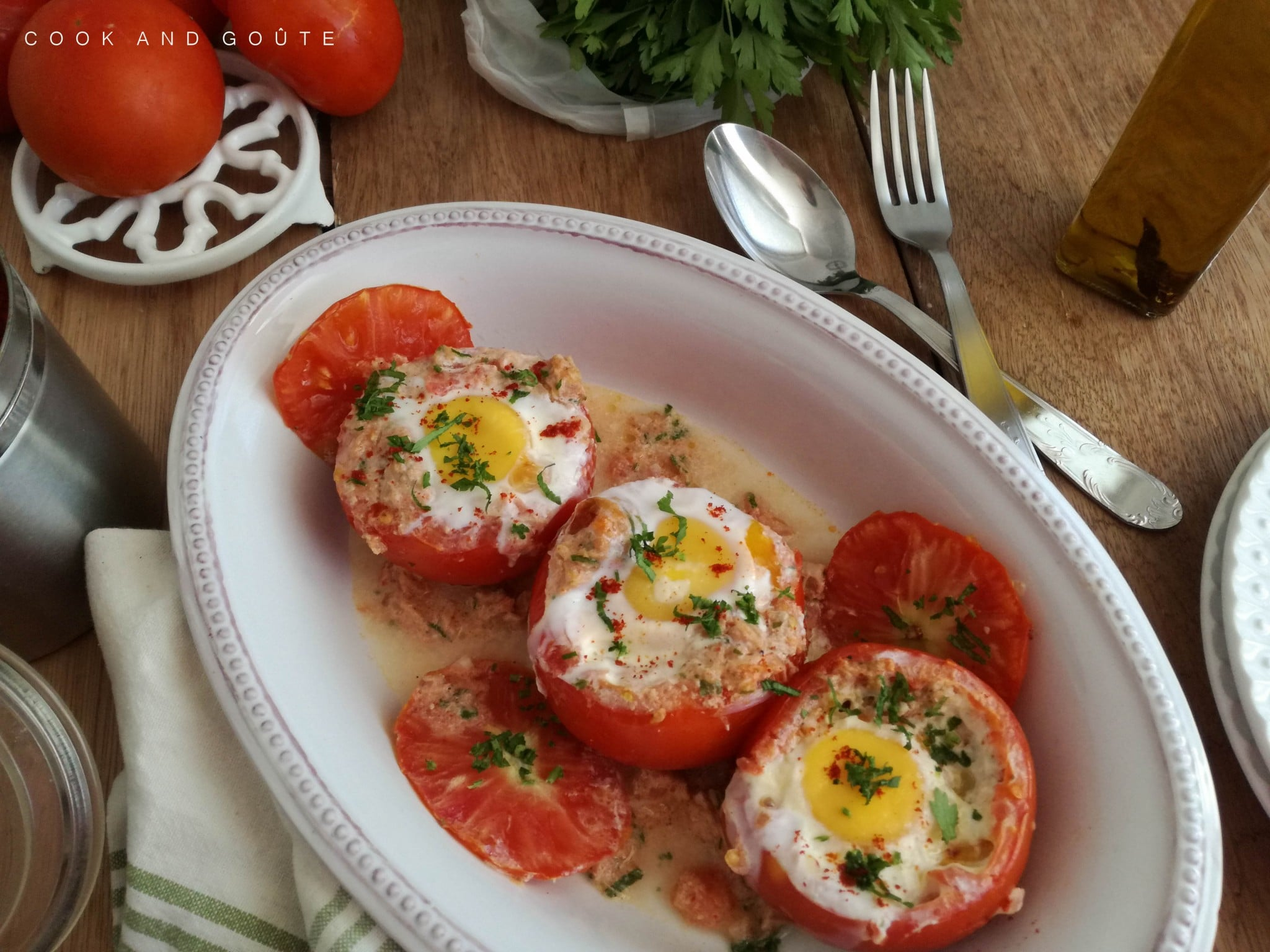 tomate oeuf cocotte